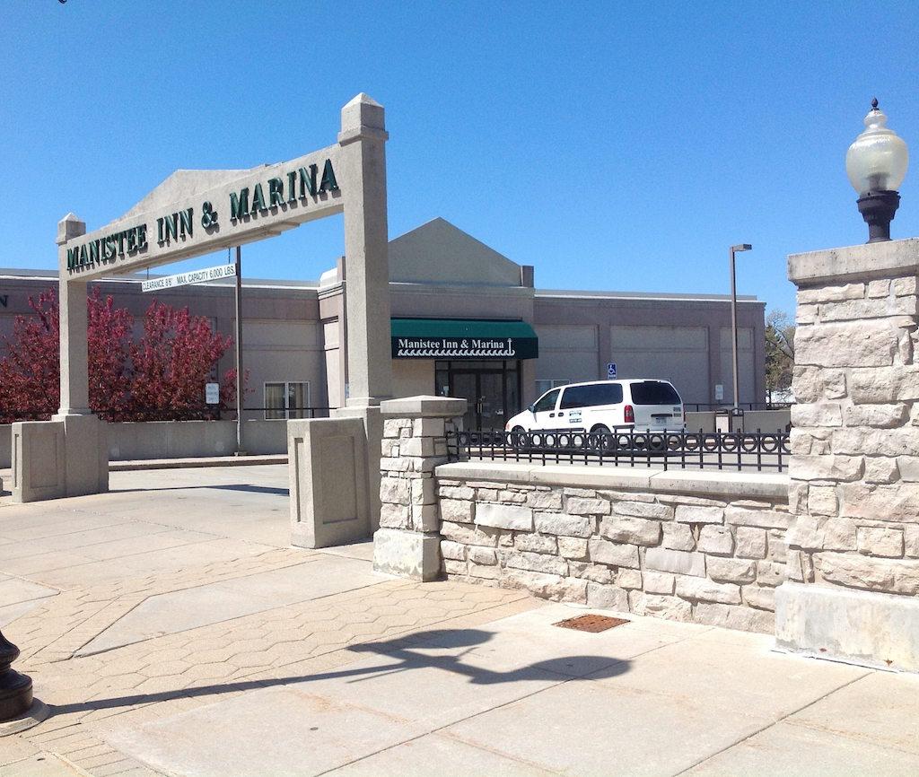 Manistee Inn & Marina