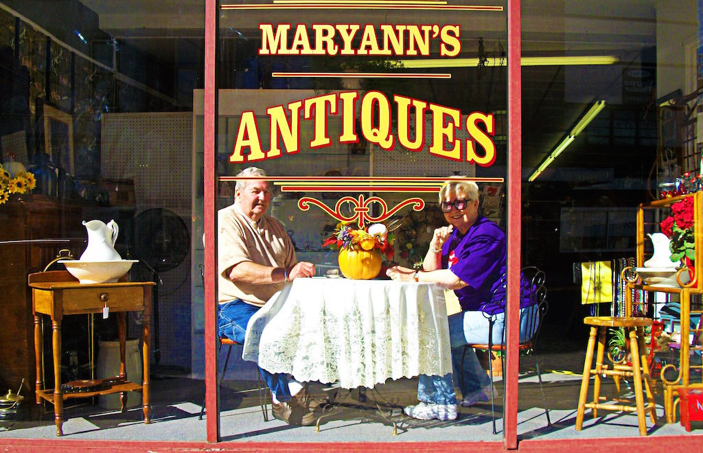 Maryann's Antiques